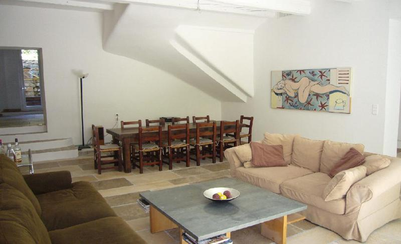 Living room of a 6 bedroom Cannes group apartment on Rue Meynadier near to Palais des Festivals