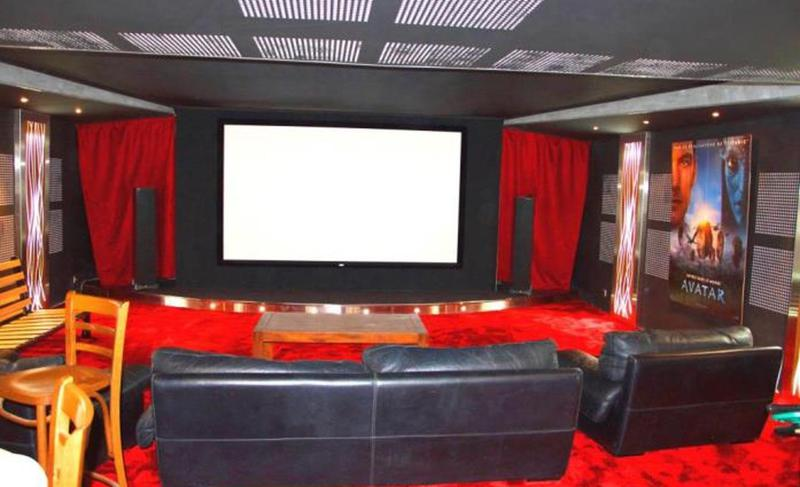 Home theatre in a Cannes Villa