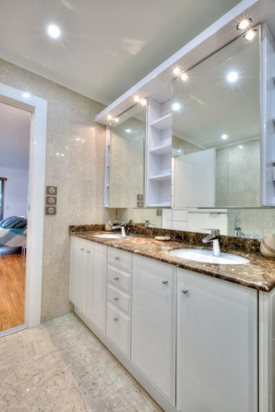 Double sink with mirror cabinet on the top